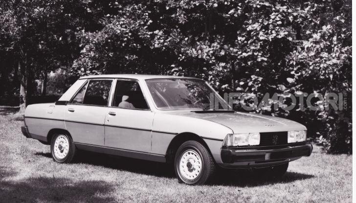 Peugeot celebra sei modelli della sua storia al Salone Rétromobile di Parigi - Foto 14 di 15