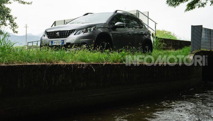 Prova nuova Peugeot 2008: il 110CV a benzina per correre in città - Foto 2 di 25