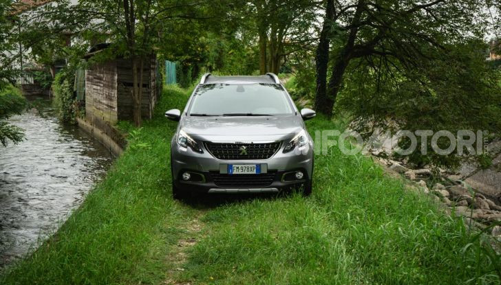 Prova nuova Peugeot 2008: il 110CV a benzina per correre in città - Foto 12 di 25