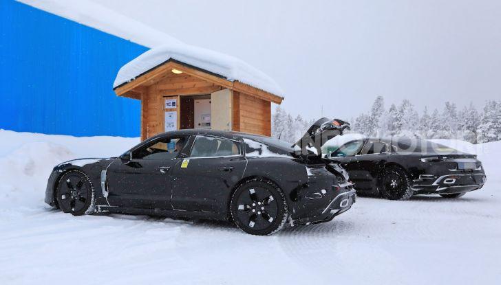Porsche Taycan, questo il nome della 100% elettrica Mission E - Foto 10 di 38