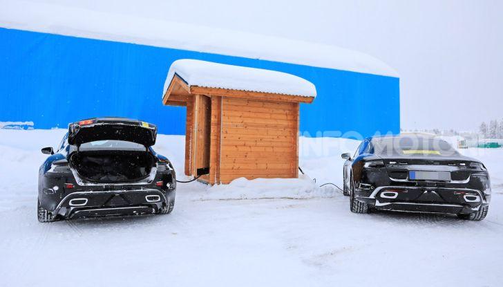 Porsche Taycan, questo il nome della 100% elettrica Mission E - Foto 13 di 38