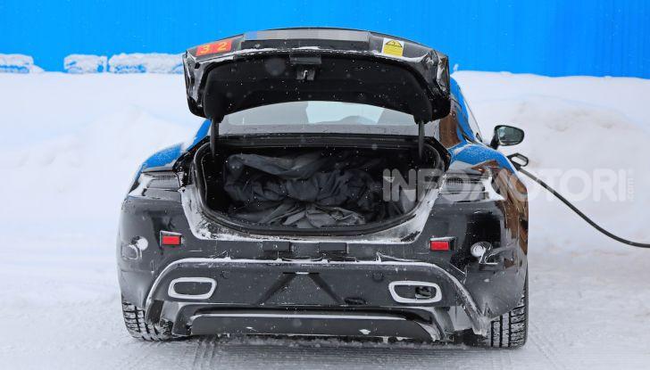Porsche Taycan, questo il nome della 100% elettrica Mission E - Foto 14 di 38