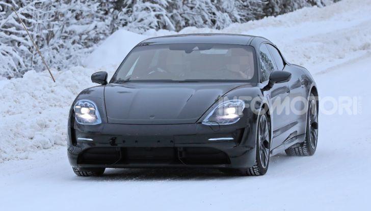 Porsche Taycan, questo il nome della 100% elettrica Mission E - Foto 2 di 38