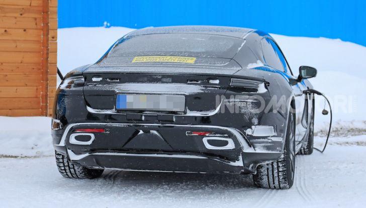 Porsche Taycan, questo il nome della 100% elettrica Mission E - Foto 21 di 38