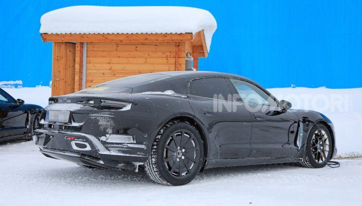 Porsche Taycan, questo il nome della 100% elettrica Mission E - Foto 23 di 38