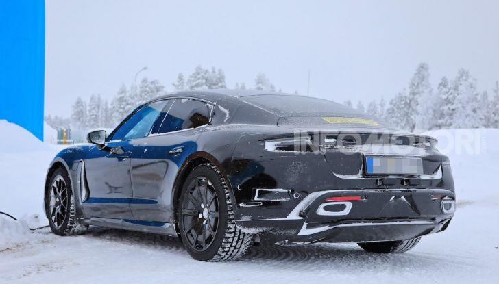 Porsche Taycan, questo il nome della 100% elettrica Mission E - Foto 27 di 38