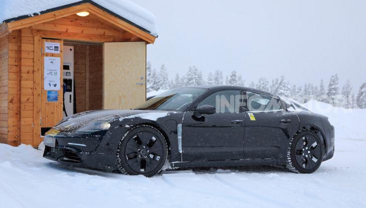 Porsche Taycan, questo il nome della 100% elettrica Mission E - Foto 28 di 38