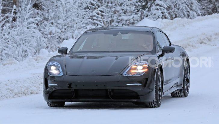 Porsche Taycan, questo il nome della 100% elettrica Mission E - Foto 3 di 38