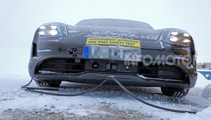 Porsche Taycan, questo il nome della 100% elettrica Mission E - Foto 33 di 38
