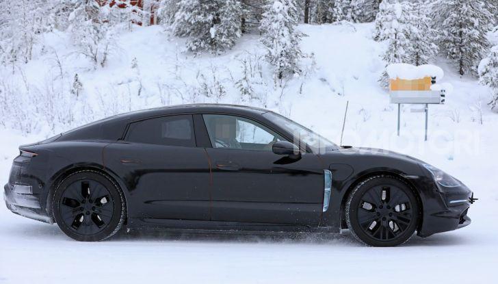 Porsche Taycan, questo il nome della 100% elettrica Mission E - Foto 6 di 38