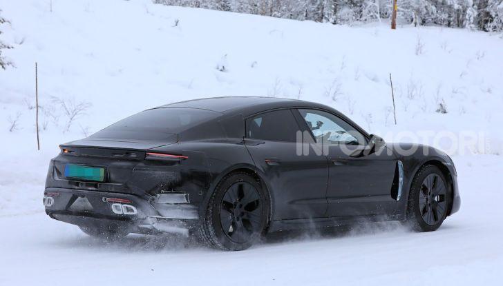 Porsche Taycan, questo il nome della 100% elettrica Mission E - Foto 8 di 38