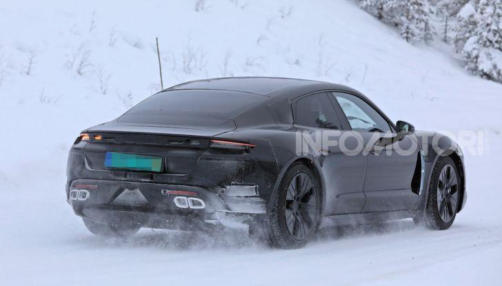 Porsche Taycan, questo il nome della 100% elettrica Mission E - Foto 9 di 38