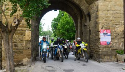 Queen Trophy 2019: mototurismo adventouring per le strade dell'Umbria