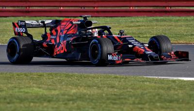 F1 2019: Red Bull presenta la nuova RB15