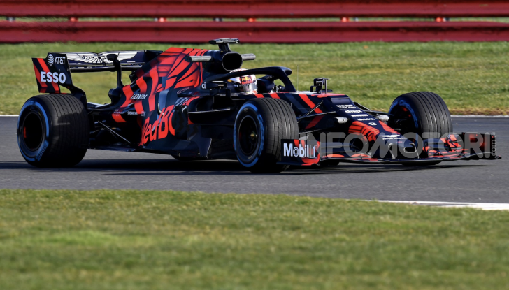 F1 2019: Red Bull presenta la nuova RB15 - Foto 7 di 12
