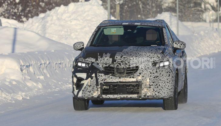 Renault Captur 2020: il Crossover francese più aggressivo e Tech - Foto 2 di 14