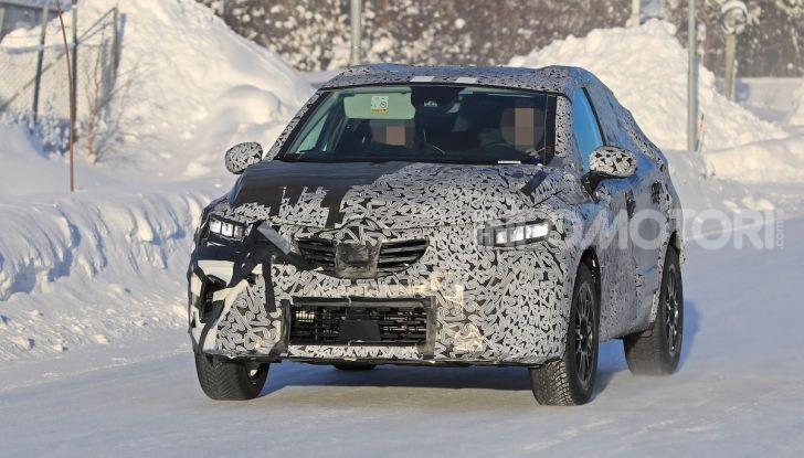 Renault Captur 2020: il Crossover francese più aggressivo e Tech - Foto 3 di 14