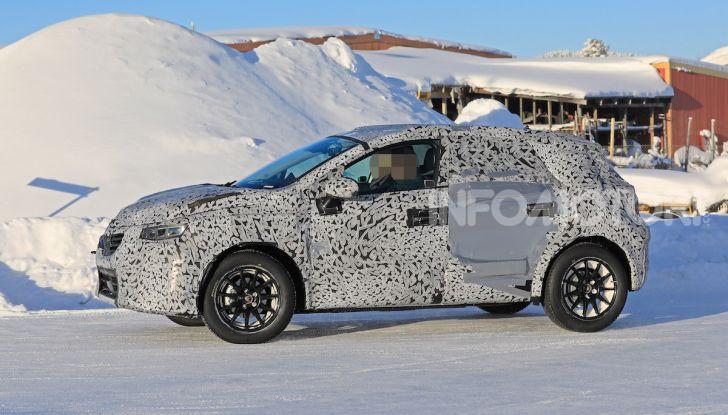 Renault Captur 2020: il Crossover francese più aggressivo e Tech - Foto 6 di 14