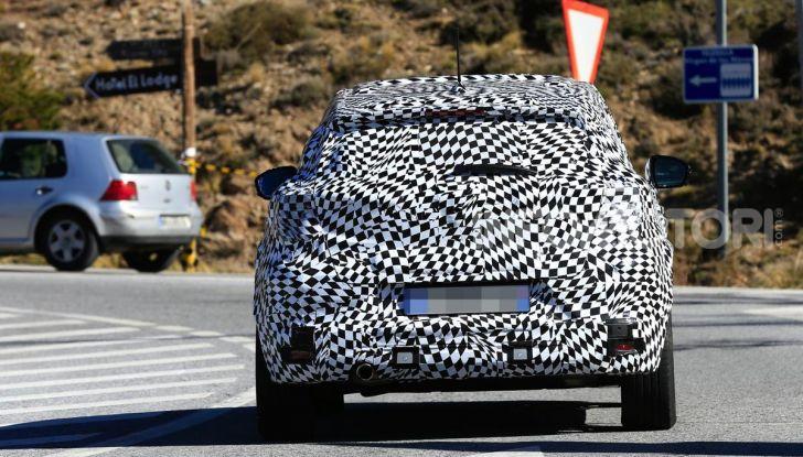Renault Captur 2020: il Crossover francese più aggressivo e Tech - Foto 5 di 10