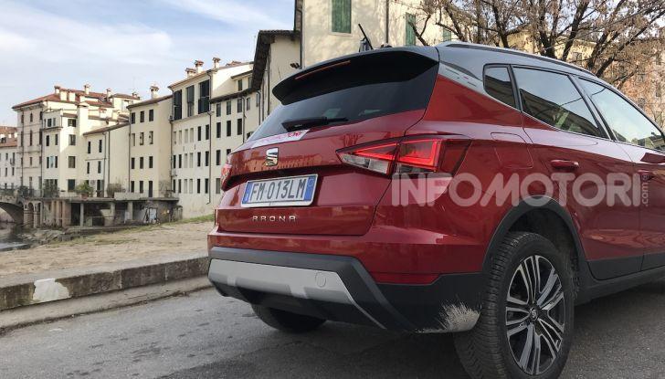 SEAT Arona provato su strada il SUV compatto - Foto 18 di 25