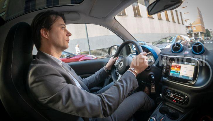 Daimler e Geely Holding, joint venture globale per sviluppare il marchio smart - Foto 2 di 53
