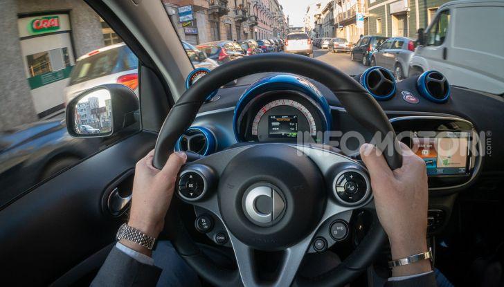 Daimler e Geely Holding, joint venture globale per sviluppare il marchio smart - Foto 4 di 53