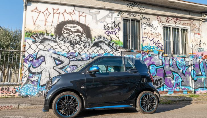 Daimler e Geely Holding, joint venture globale per sviluppare il marchio smart - Foto 5 di 53