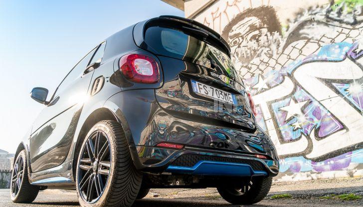 Daimler e Geely Holding, joint venture globale per sviluppare il marchio smart - Foto 11 di 53