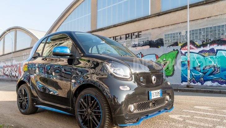 Daimler e Geely Holding, joint venture globale per sviluppare il marchio smart - Foto 19 di 53