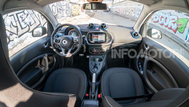 Daimler e Geely Holding, joint venture globale per sviluppare il marchio smart - Foto 29 di 53