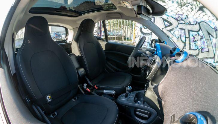 Daimler e Geely Holding, joint venture globale per sviluppare il marchio smart - Foto 31 di 53