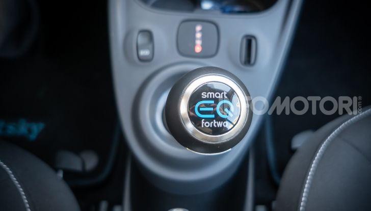 Daimler e Geely Holding, joint venture globale per sviluppare il marchio smart - Foto 39 di 53