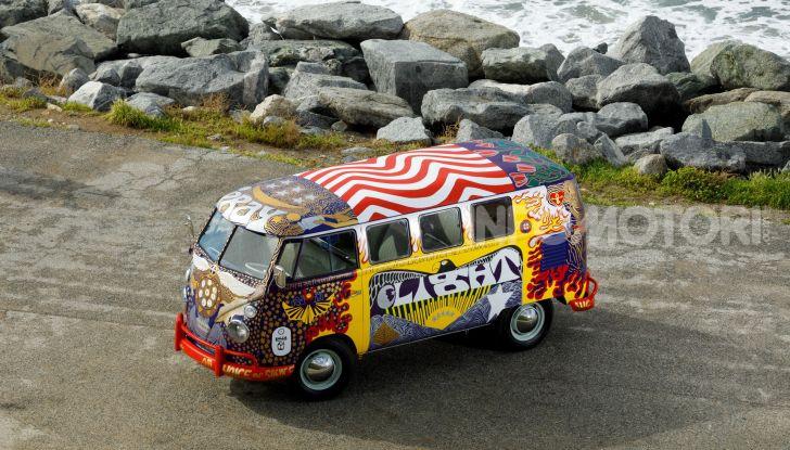 Volkswagen Bulli Light, replica dell'icona di Woodstock - Foto 8 di 20