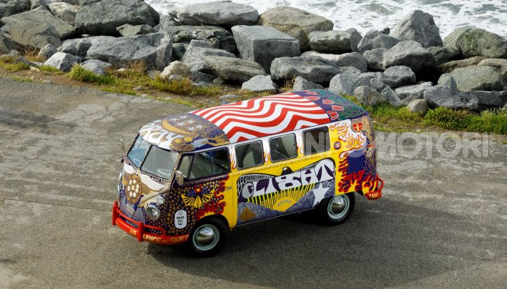 Volkswagen Bulli Light, replica dell'icona di Woodstock - Foto 8 di 20