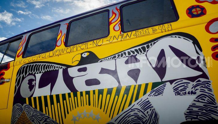 Volkswagen Bulli Light, replica dell'icona di Woodstock - Foto 11 di 20
