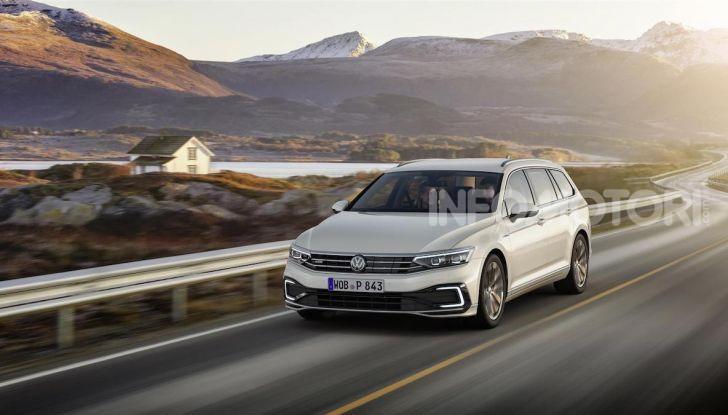 Volkswagen Passat 2019, nuovo design e motori - Foto 20 di 41