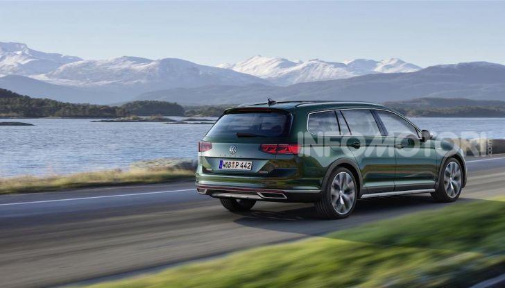 Volkswagen Passat 2019, nuovo design e motori - Foto 20 di 32