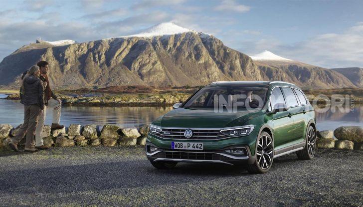 Volkswagen Passat 2019, nuovo design e motori - Foto 24 di 32