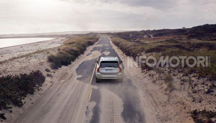 Volvo XC90: il SUV svedese è tutto nuovo - Foto 11 di 30