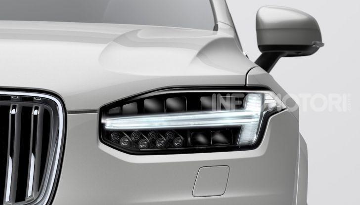 Volvo XC90: il SUV svedese è tutto nuovo - Foto 22 di 30