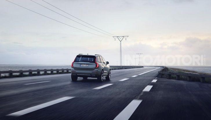 Volvo XC90: il SUV svedese è tutto nuovo - Foto 4 di 30