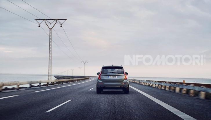 Volvo XC90: il SUV svedese è tutto nuovo - Foto 5 di 30