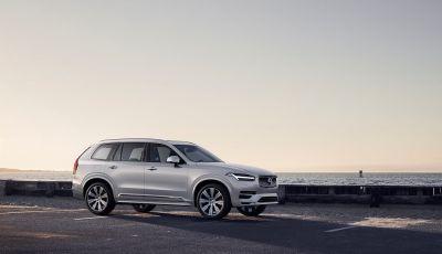 Volvo XC90: il SUV svedese è tutto nuovo