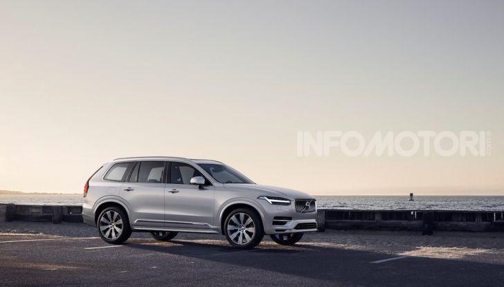 Volvo XC90: il SUV svedese è tutto nuovo - Foto 9 di 30