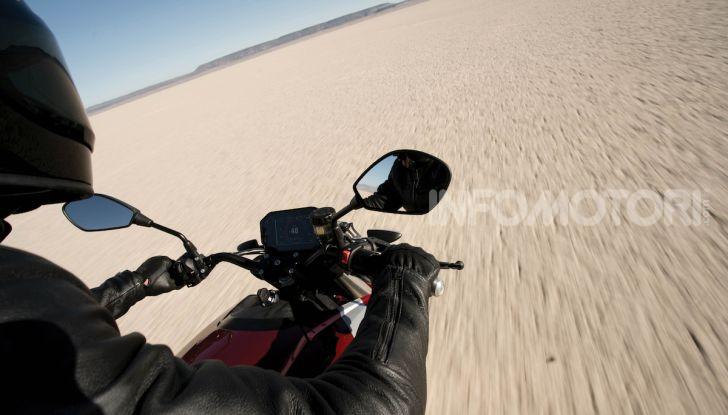 Zero Motorcycles SR/F: la moto elettrica potente ma facile da guidare - Foto 12 di 20