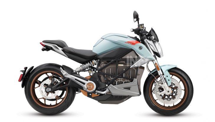 Zero Motorcycles SR/F: la moto elettrica potente ma facile da guidare - Foto 17 di 20