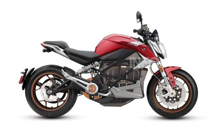 Zero Motorcycles SR/F: la moto elettrica potente ma facile da guidare - Foto 20 di 20