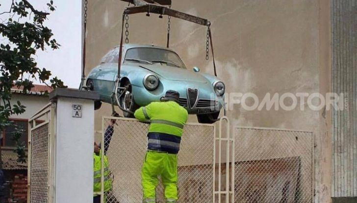Alfa Romeo Giulietta SZ, l'asta tocca cifre record - Foto 15 di 15
