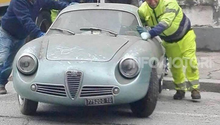 Alfa Romeo Giulietta SZ, l'asta tocca cifre record - Foto 3 di 15