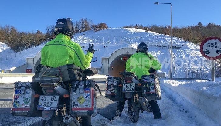 Turchia-Italia in moto per testare il valore degli pneumatici invernali - Foto 12 di 34